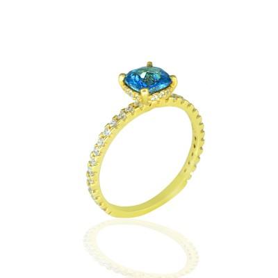 Gold Ring with Topaz Kasmir Stone