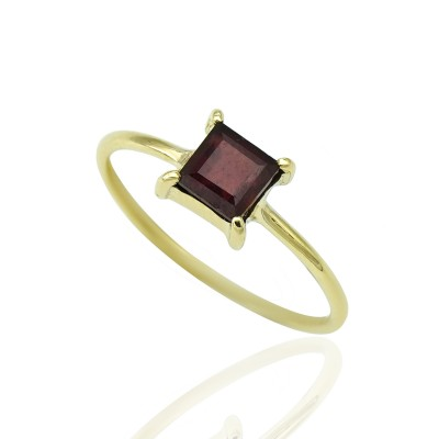 Gold Ring with Square Ruby stone